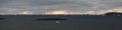 Crepuscular Rays on the western horizon