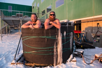Bryce and Shoey enjoying the spa at sunset - around -25℃ (-13℉)